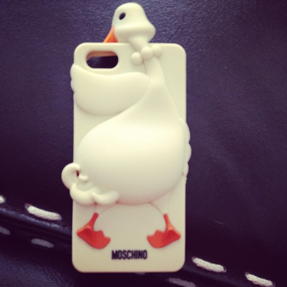 moschino luisa goose iphone 5